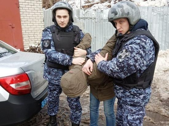 Сотрудники Росгвардии задержали на Бору грабителя
