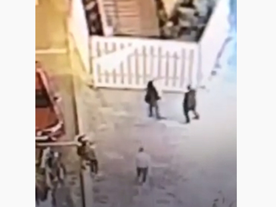 Baza: В центре Москвы избили сотрудника ФСБ