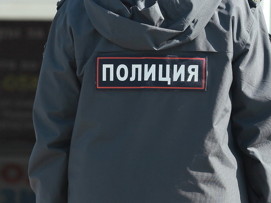 В Красных Баках сотрудник исправительной колонии торговал наркотиками