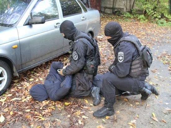 В теперь уже бывшем сотруднике полиции был скрыт недюжинный талант постановщика — он сам придумал и воплотил в жизнь целую полицейскую операцию