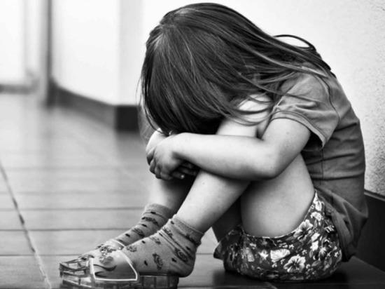 Новочебоксарец несколько лет насиловал маленьких дочерей сожительницы