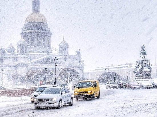 МЧС предупредило о надвигающейся на Петербург метели