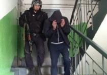 В Улан-Удэ грабители сняли с подростка джинсы и кофту и отдали ему свои вещи
