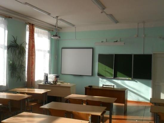В школе Тверской области работал человек с судимостью