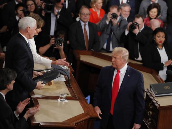 Импичмент окончен, Трамп оправдан: что дальше