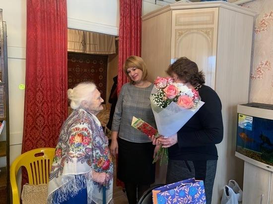 В Ивановской области 100-летний юбилей отметила ветеран почтовой службы