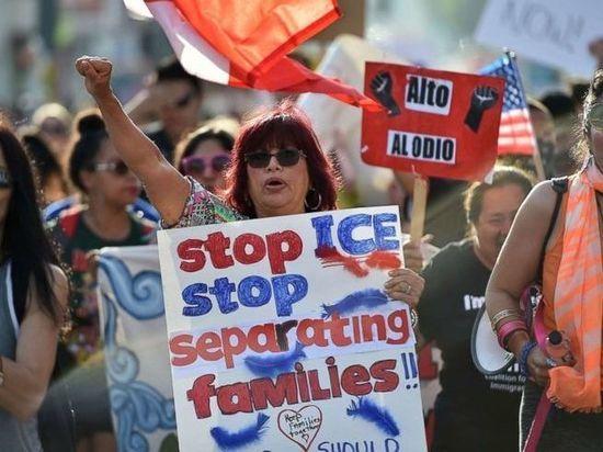Судья счел, что администрация Трампа действует правомочно, разобщая родителей и детей