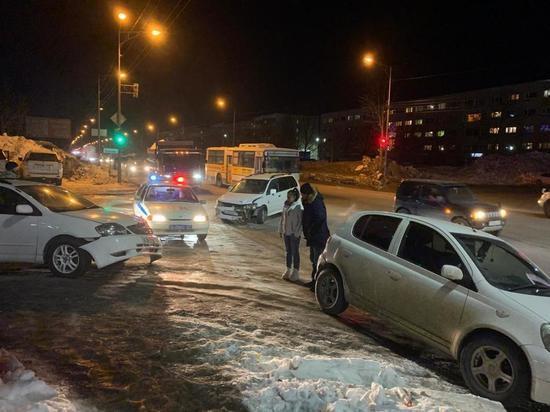 Камчатские автолюбительницы выясняли, кто прав на проспекте Победы
