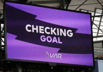Англичане хотят смотреть повторы VAR вместе с судьями