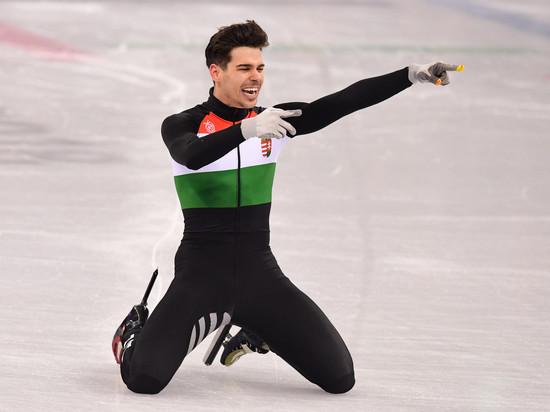 «Чертов Китай»: олимпийского чемпиона отстранили за скандальное фото