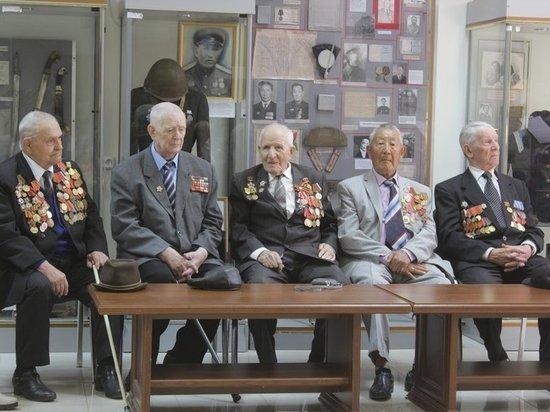 Калмыцкие ветераны в апреле-мае получат единовременные выплаты