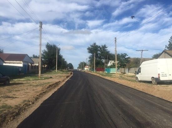 В Калмыкии продолжатся работы по ремонту внутренних дорог
