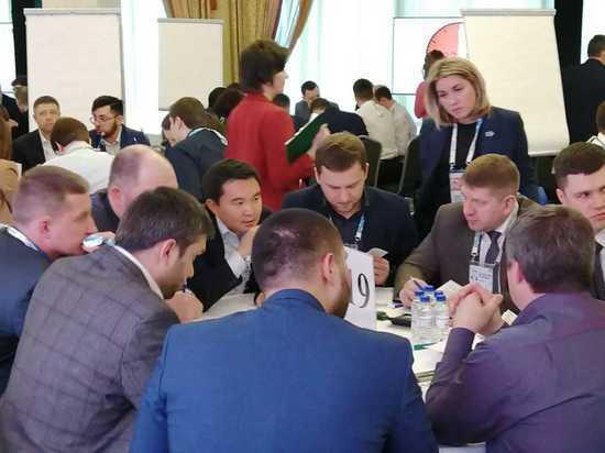 В полуфинале конкурса «Лидеры России» Калмыкию представляют восемь  участников