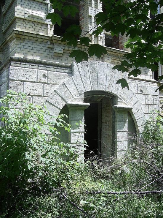 «Гостиницу Островского» в Железноводске отреставрируют