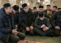 Кадыров высказался о важности научиться владеть оружием с детства