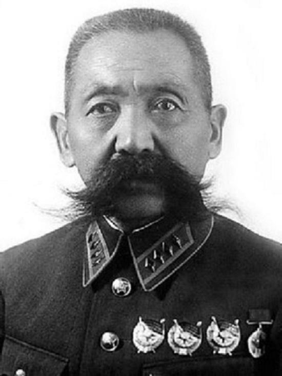 В Москве появится мемориальная доска на доме калмыцкого генерала