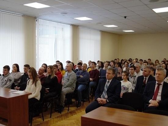Ростовский филиал МГТУ ГА открыл двери для будущих студентов в день гражданской авиации