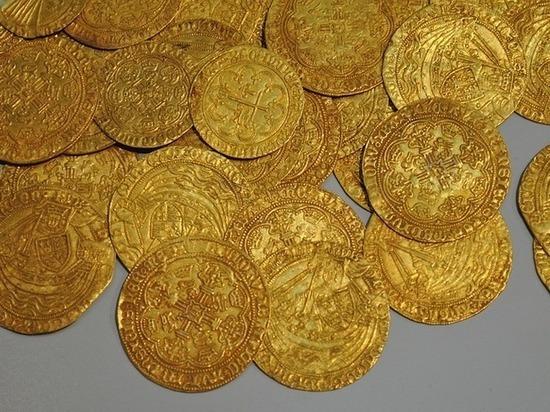 Безработный из Осетии задержан за кражу коллекционных монет в Петербурге