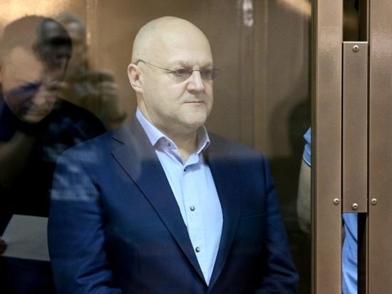 Прокурор запросил суровые сроки для силовиков, получивших взятку от Шакро