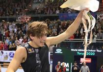 Несмотря на то, что швед Арман Дюплантис обновил зимний мировой рекорд в прыжках с шестом – 6,17, великий Сергей Бубка, которого теперь уже второй спортсмен «побил» в зале, еще продолжает сидеть на королевском троне