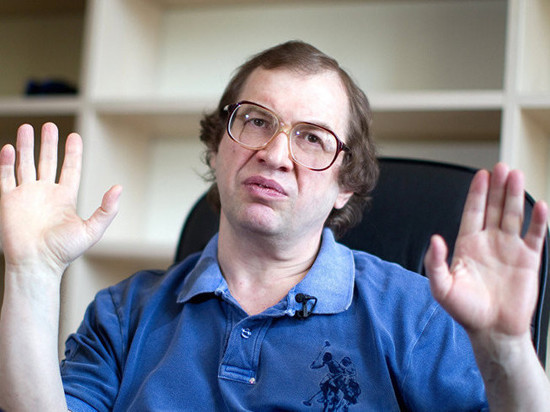 В КБР мошенник «заработал» 1,4 млн рублей на вкладчице «МММ»