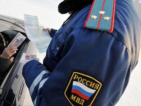 В Чебоксарах бывший автоинспектор предстанет перед судом за взятку