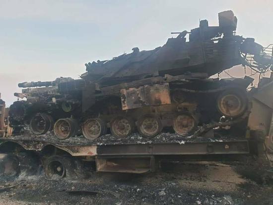 Опубликованы фотографии последствий артиллерийского удара сирийской армии по турецким военным