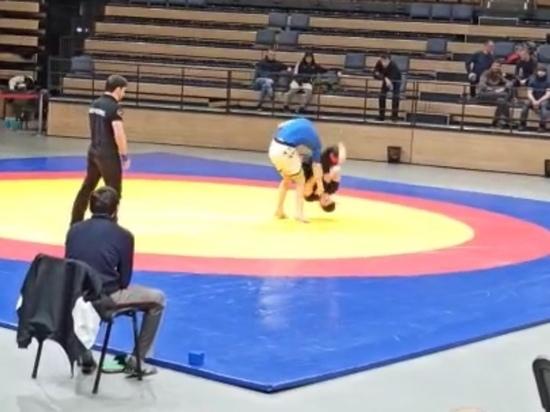 Дагестанский спортсмен сломал шею во время соревнований