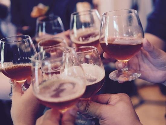 Нарколог раскрыл, с чего незаметно начинается женский алкоголизм