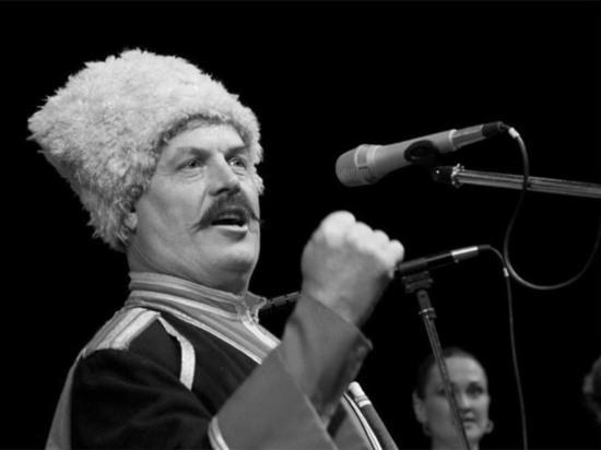 Солист Кубанского казачьего хора Валерий Медведев погиб в ДТП в Краснодаре