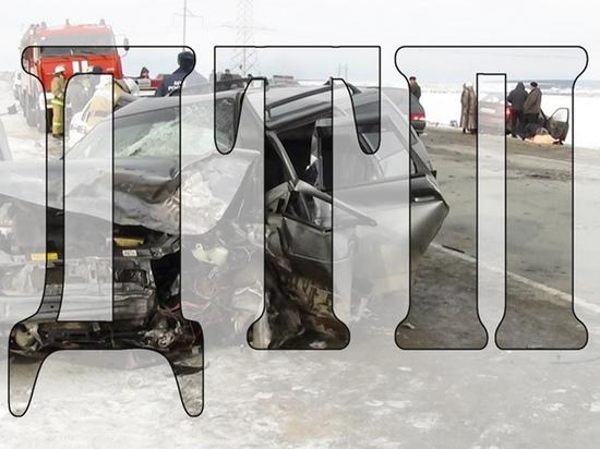 В Смоленске в лобовом столкновении погиб водитель