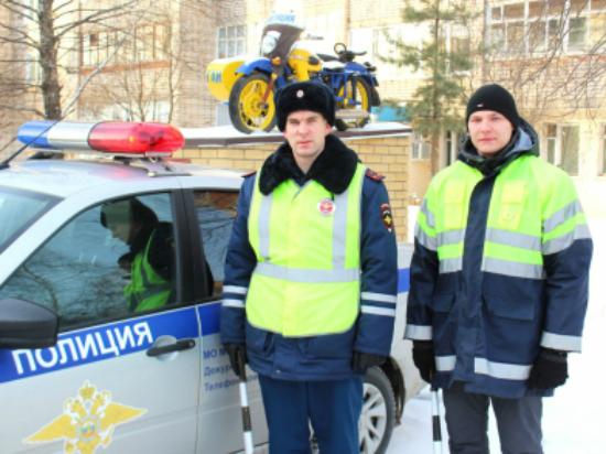 В Кировской области сотрудники ГИБДД спасли замерзавшего водителя