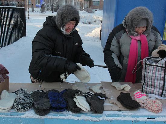 Ивановские чиновники обсудили меры борьбы с ворами люков и бабушками, продающими вязаные носки