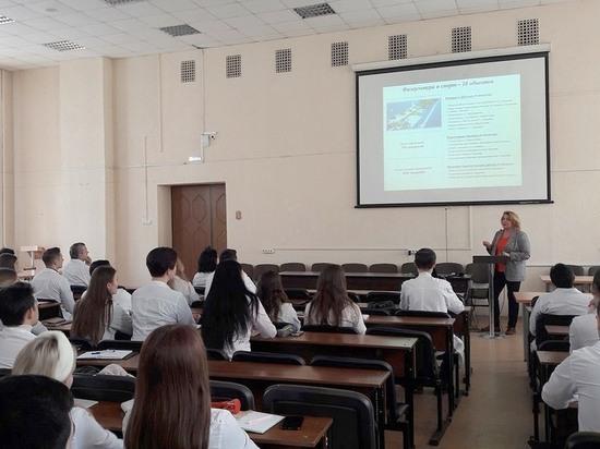 В Воронежской области продолжает работу проект «Парламентский урок»
