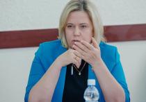 Татьяна Казармщикова призвала депутатов ЗС комплексно оценить проблему обеспеченности врачей жильем на селе