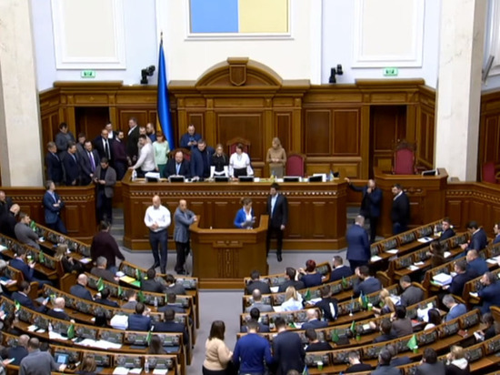 «Сделка года»: политолог рассказал, зачем Украина предлагает водоснабжение Крыму