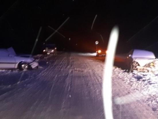За рулем иномарки, попавшей в смертельное ДТП в Туве, находилась 38-летняя женщина