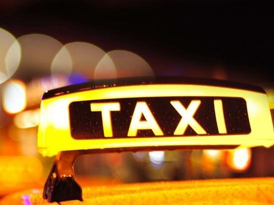 Водителя такси в Нижнем Новгороде обманули на 9 тысяч рублей