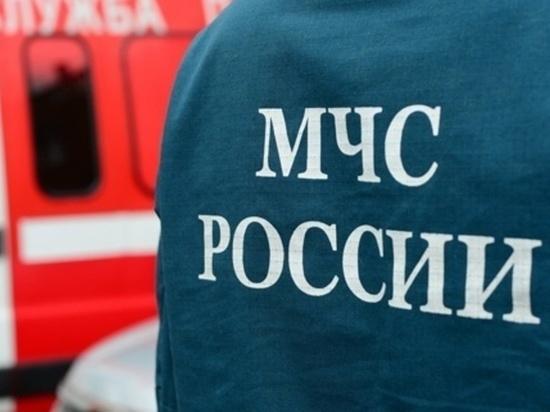 Двое молодых людей пострадали при пожаре в гараже в Новочебоксарске