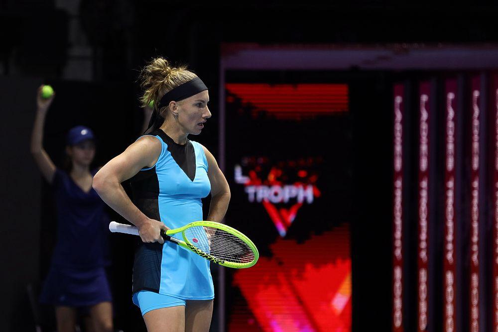 Возвращение Кузнецовой, поражение Касаткиной: лучшие кадры второго дня St. Petersburg Ladies Trophy