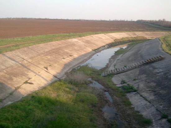 Кремль назвал условие для поставок воды из Украины в Крым