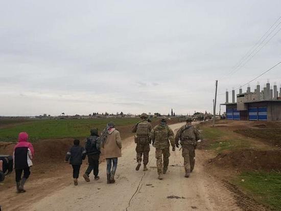 Американские военнослужащие открыли огонь по гражданским в Сирии