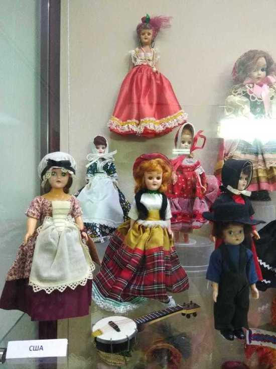 Коллекцию авторских кукол представили на выставке в Калуге