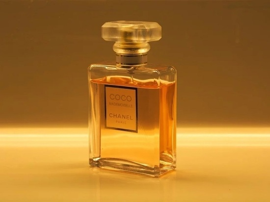 Любителя парфюма задержали в Арзамасе за кражу