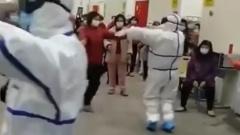 Видео танцев с коронавирусом произвело фурор в Китае