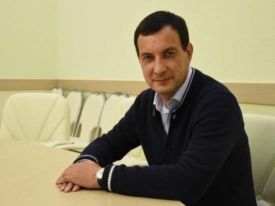В Астрахани профильная комиссия разбирается в конфликте Измайлова с Алымовым