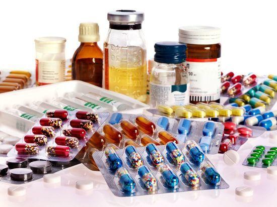 Кабмин выделит деньги на импортные лекарства больным детям