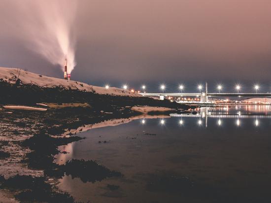 На Кольском мосту прекращена работа светофоров