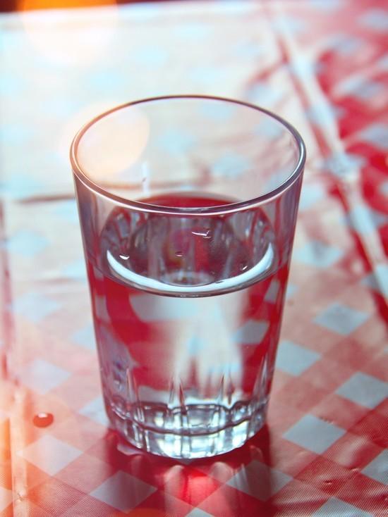 Немецкие ученые узнали, можно ли пить еще раз вскипячённую воду