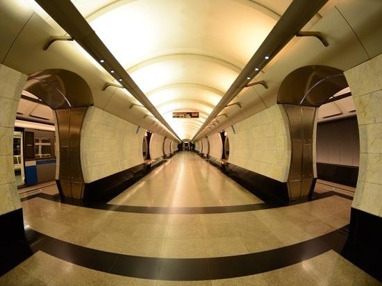 В московском метро заселились микробы из Нью-Йорка